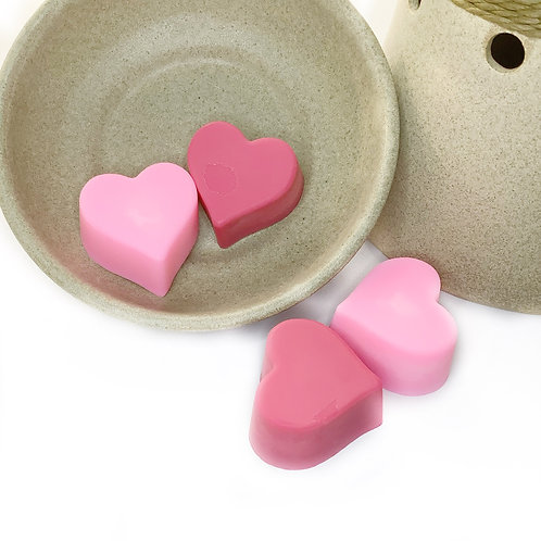 Love At First Scent Heart Shaped Sweet Pea Scent Soy Wax Melts