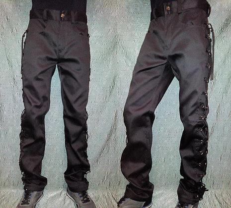 брюки с люверсами-черный шнур