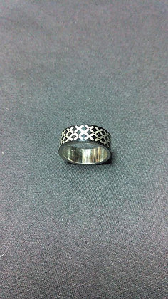 кольцо с символикой хир\сталь