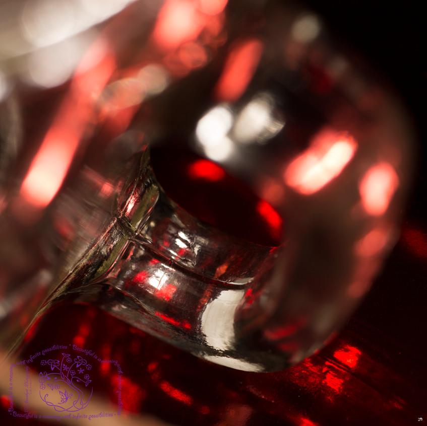 Abstract Glass JB squ r