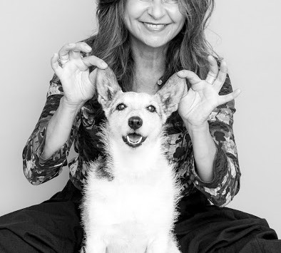 """Tracey Promotes New Book """"On Dogs"""""""