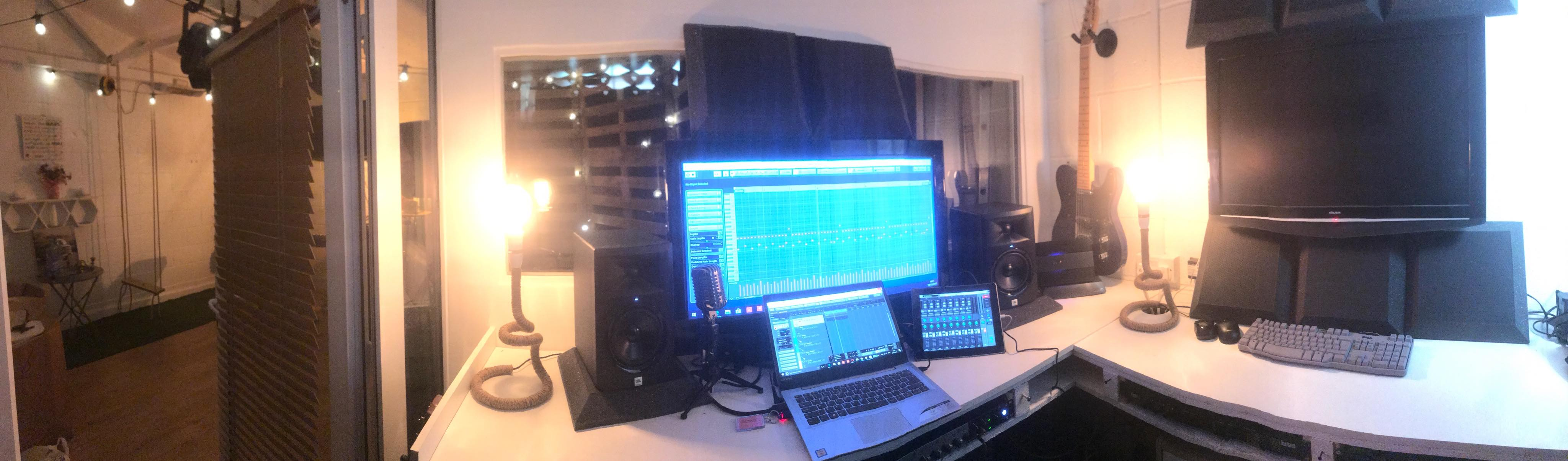 Mixing room at the singing studio