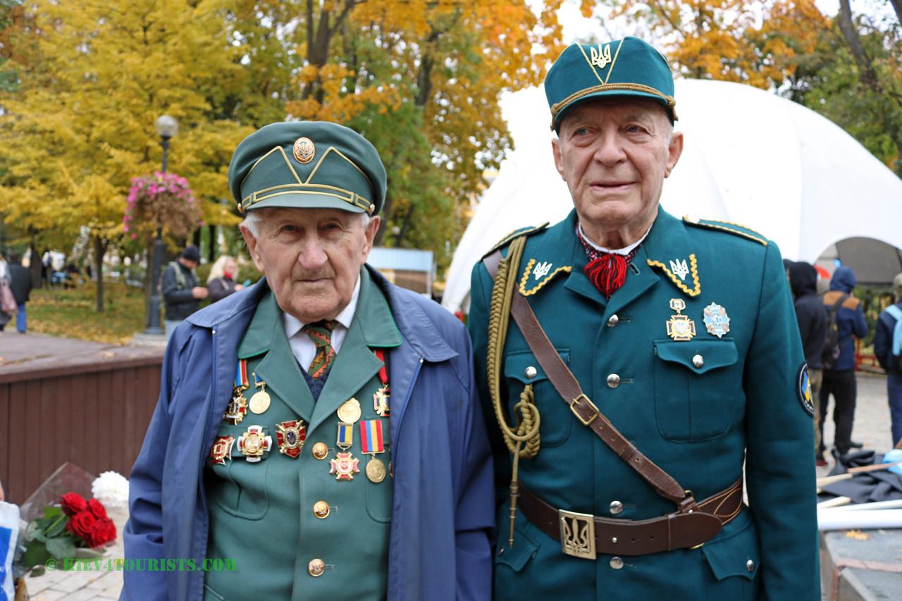 Old Ukrainian Soldiers