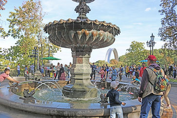 Fountain in Mariinsky Park