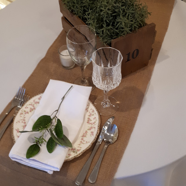 Natural crate centrepiece with Table number