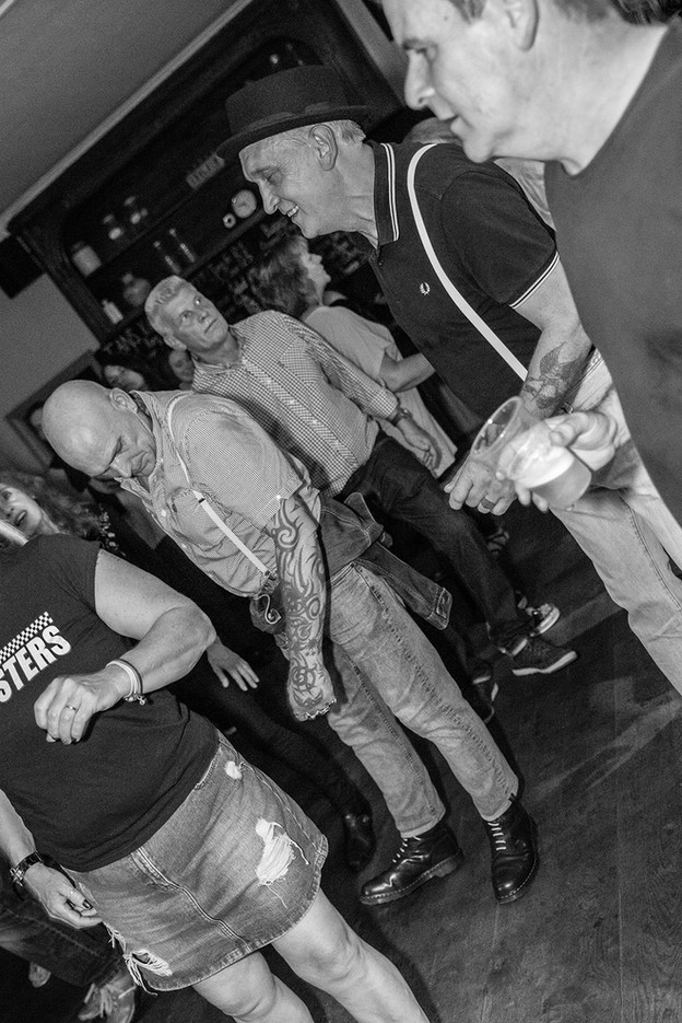 The Gangsters 036.jpg
