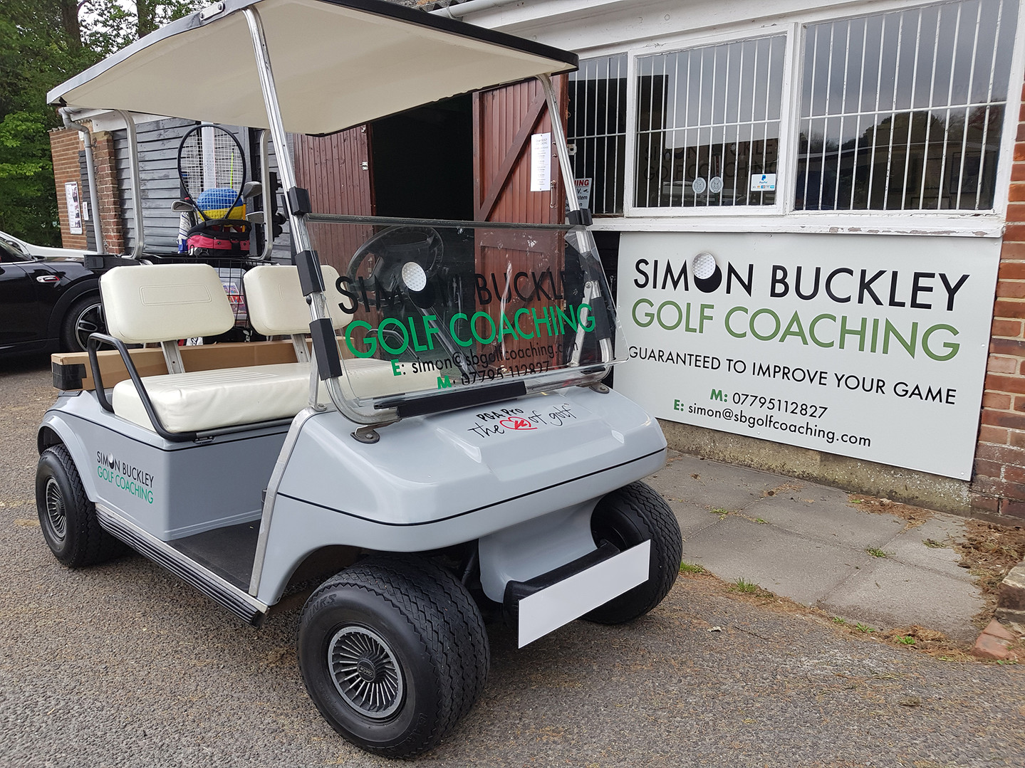 Simon Buckley Golf Buggy