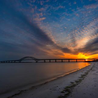 BridgeSunsetSharpCrop8bit.jpg