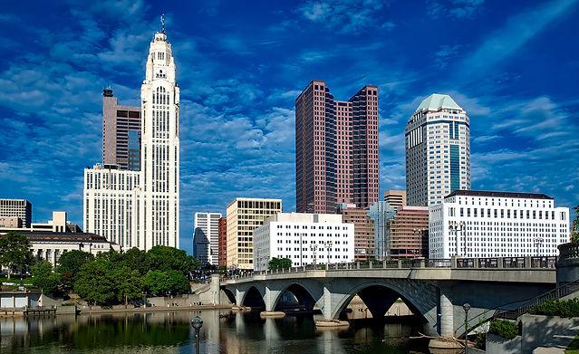 skyline-of-columbus-under-blue-skies-in-