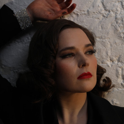 Beth Burrows - writer and performer of 'Luck Be a A Lady'