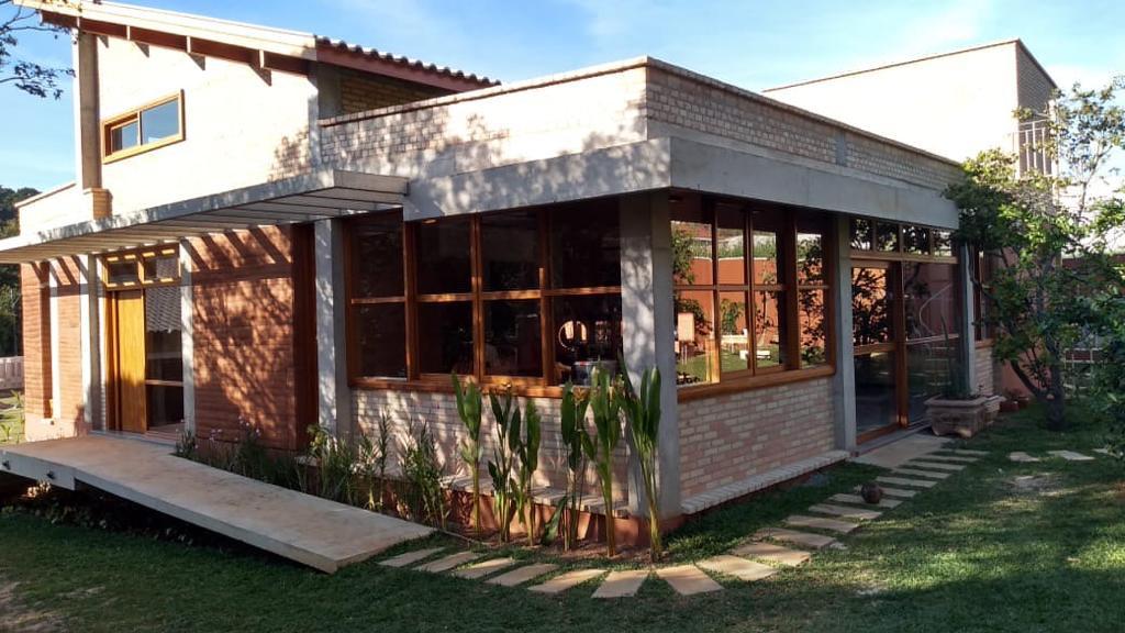 Externa Casa.jpg