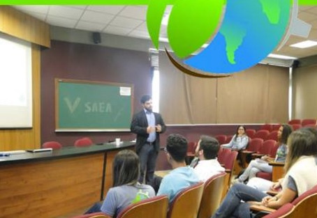 No primeiro dia da Semana Acadêmica de Engenharia Ambiental, o nosso Sócio Fundador Dantte Saliba pa