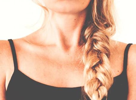 Consejos de los expertos para cuidar nuestra piel de escote y cuello