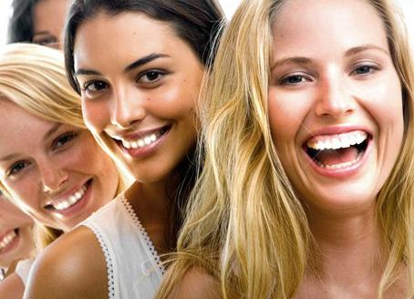 ¿Blanqueamiento = sensibilidad en los dientes? NO en la Clínica Castellana 100