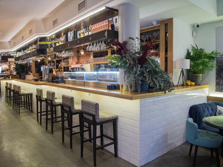 Restaurante Selfie: cocina mediterránea y auténtico arroz valenciano conviven con un animado Afterwo