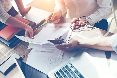 Business team brainstorming. Marketing p