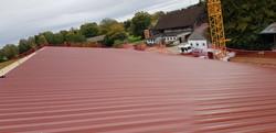 Dacheindeckung mit Trapezblech