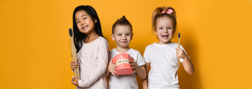 banner photo website kids holding toothb