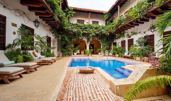 hotel-casa-del-arzobispado.jpg
