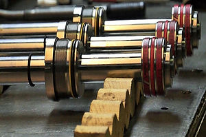 Hydraulic-cylinder-aa.jpg