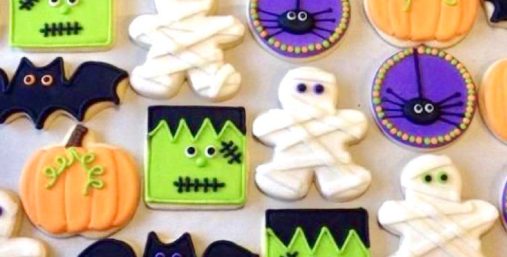 Halloween Shapes Cookie Decorating Kit