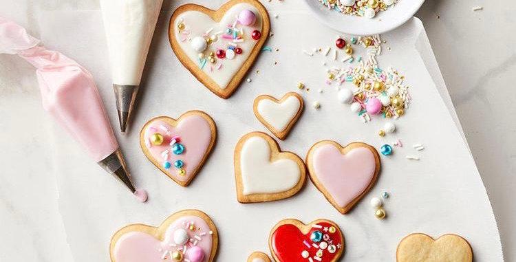 Valentines Biscuit Decorating Kit