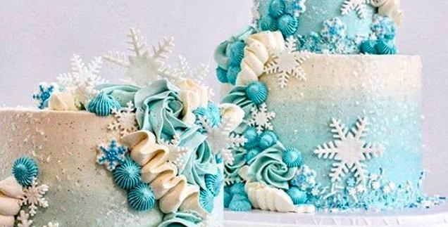Buttercream Christmas Cakes