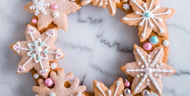 Gingerbread Wreath Kit