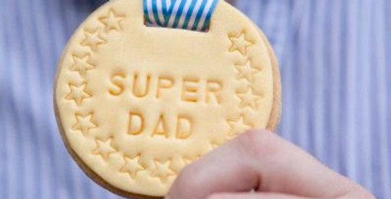 Super Dad Medal Biscuit Decorating Kit x2