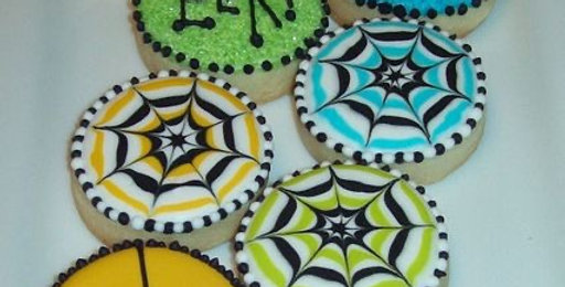 Spider Web Cookie Decorating Kit