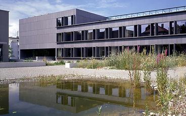 CroppedImage16001000-B-02-Kantonsschule-