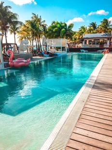 Curacao Beach Pool