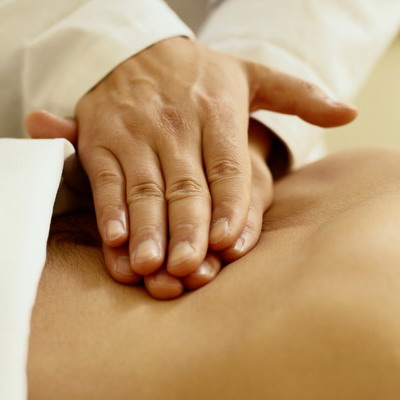massage-mains-superposées-lmda.jpg