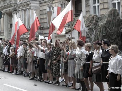 Inscenizacja Powstania Warszawskiego naszymi oczami