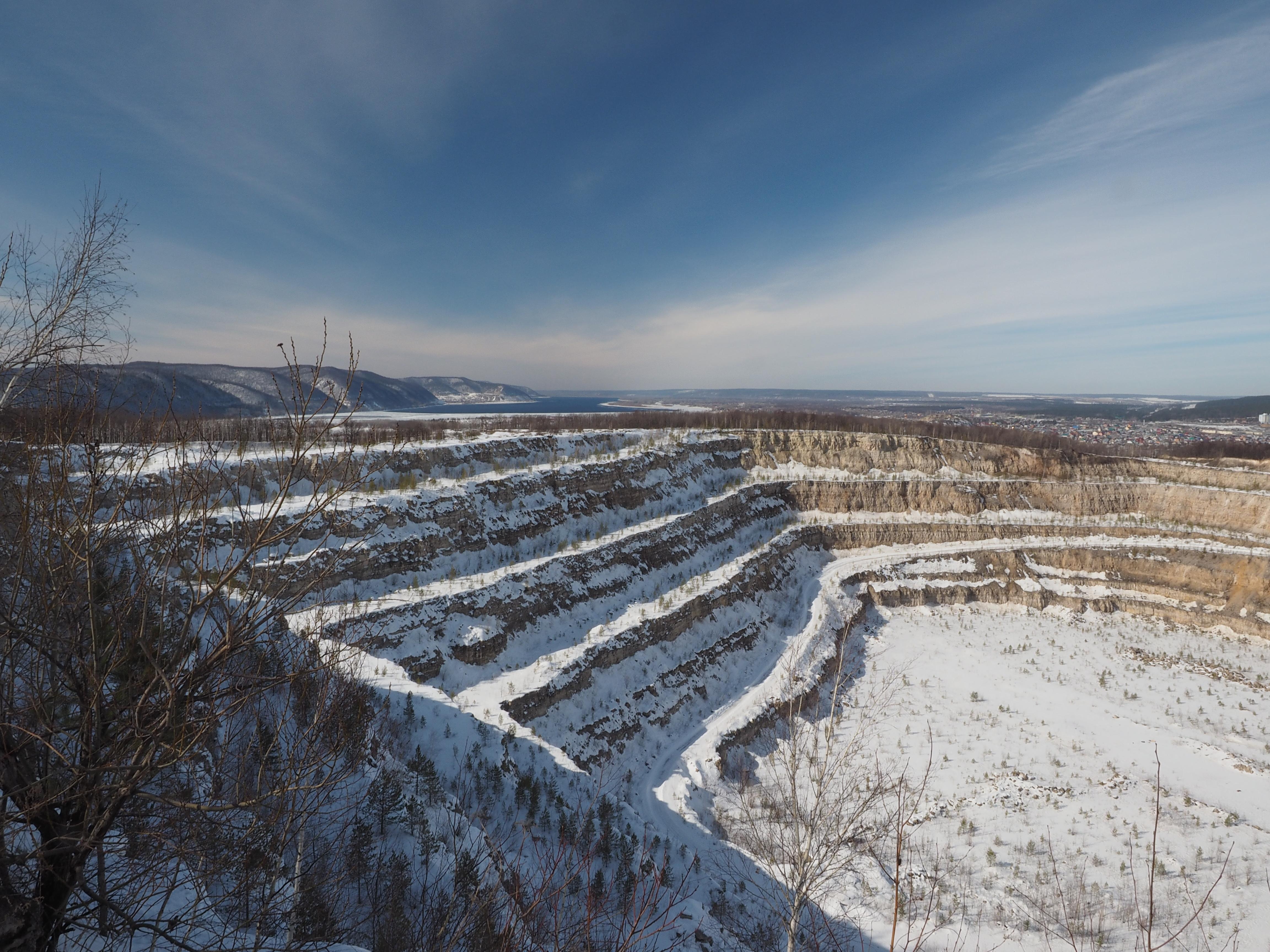 Зима 2015 карьер
