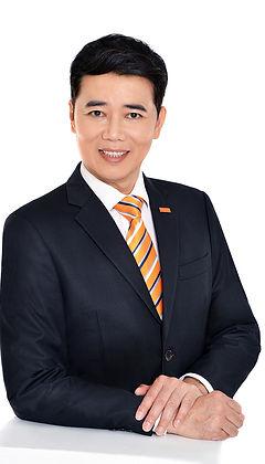Nicholas Lai half body photo.jpg