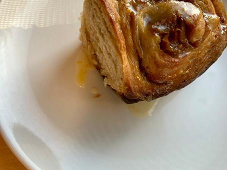 Sourdough Apple Cinnamon Rolls
