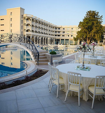 A grand opportunity for investment in a stunning 5 star hotel in Girne/Kyrenia..