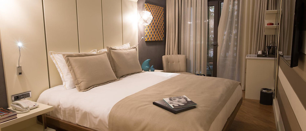 Luxury boutique hotel with 18 floors and 31+ rooms for sale in Istanbul...