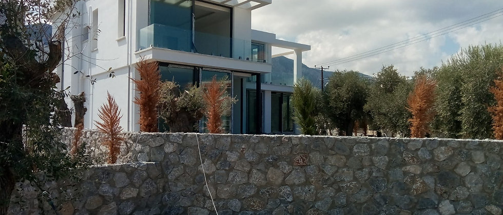 Luxury Villa in Ozankoy, Girne with 4 Bed rooms and more...
