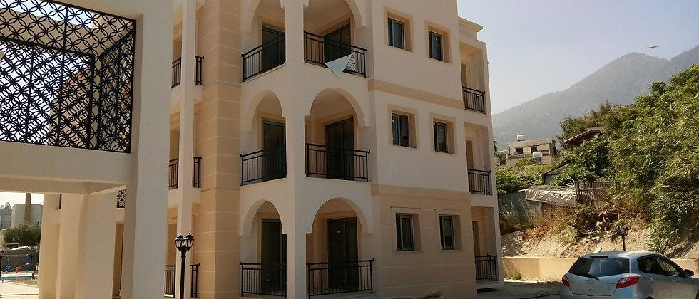 2+1 Flats for sale in a new complex in Lapta, Kyrenia