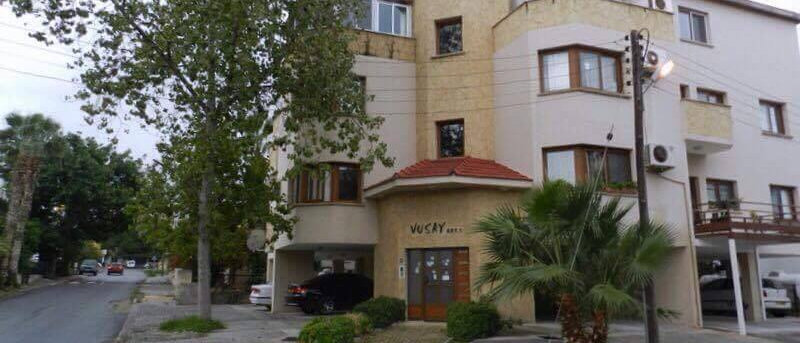 Apartment in center of Girne with 1 onsuite 3 bedrooms full furnitured & more...