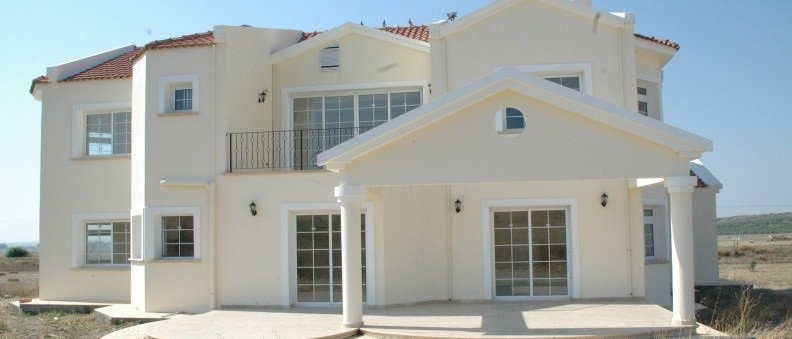 Five Bed rooms Villa located when approaching Serdarli village