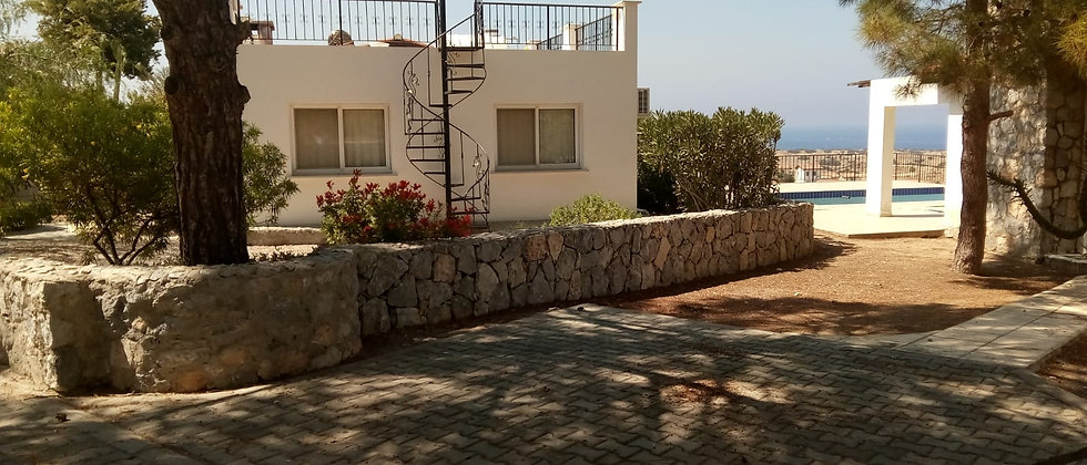 3 Bedroomed villa in Catalkoywith an exchange tittle deeds ready...