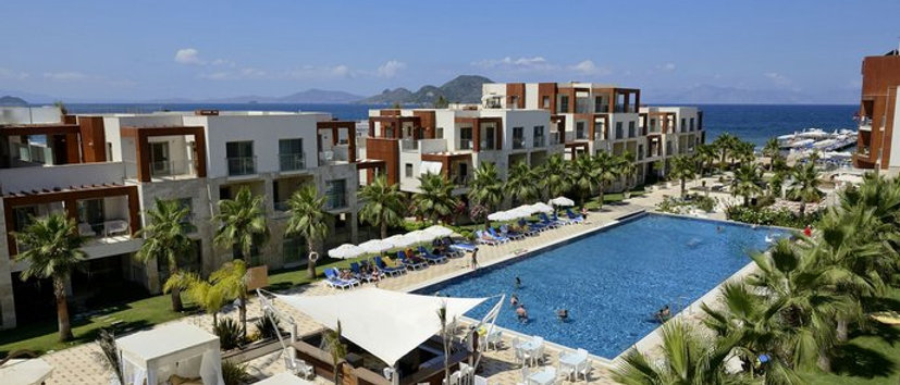 A stylish hotel for investment with 22 suit rooms in Bodrum...