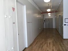 チェルシー ドアが各々のギャラリー入口