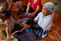 מלאכות יד מסורתיות בכפר ביפן