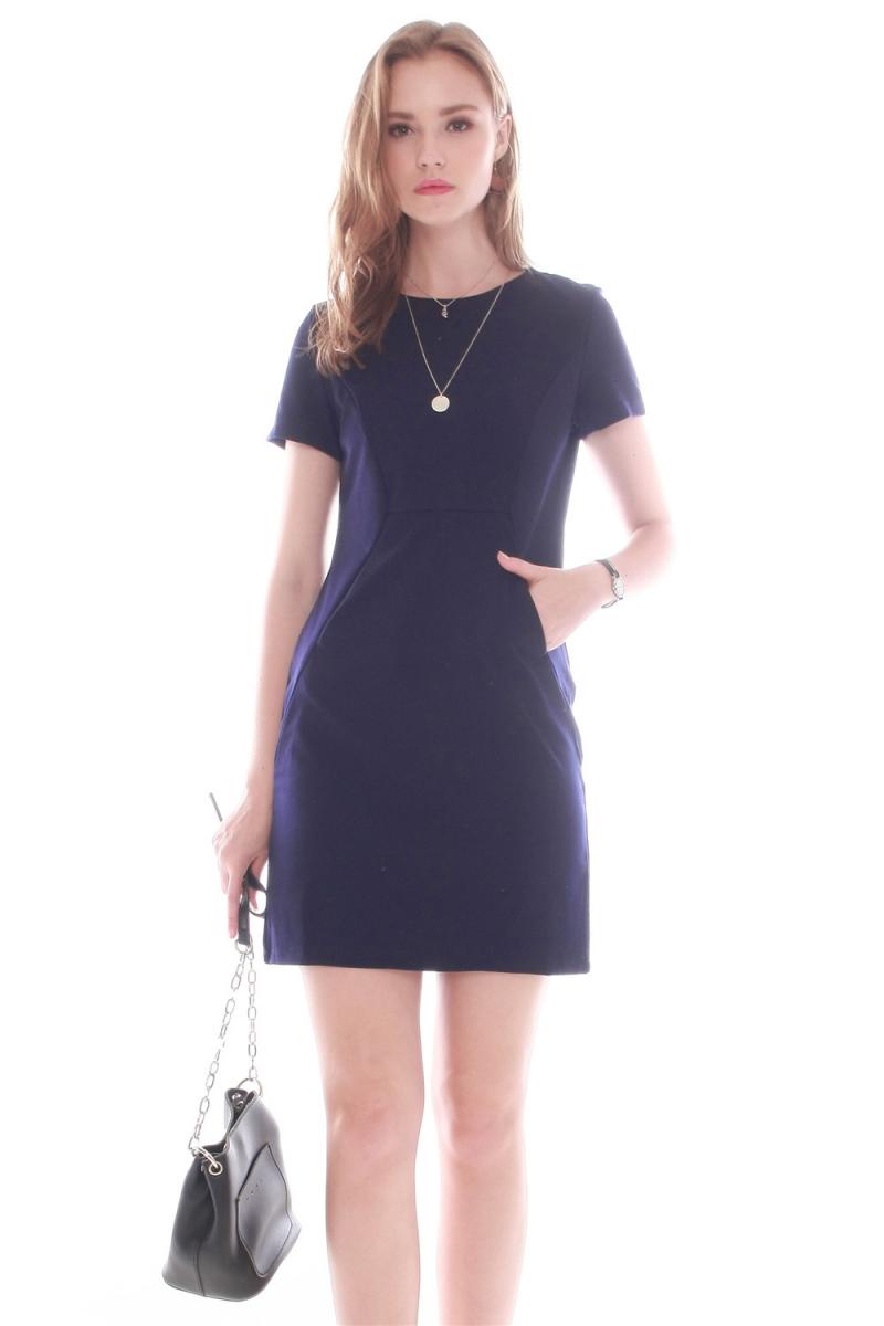 double_pocket_shift_dress_in_black_navy_
