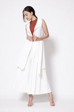 callen_side_slit_vest_in_white_4