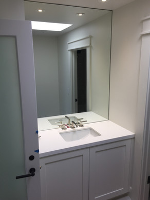 Updated en suite sink area